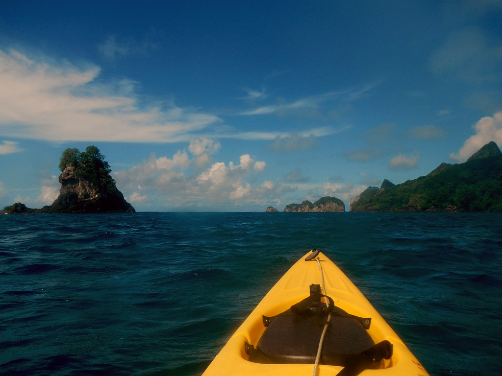 Kayaking the north side of the island